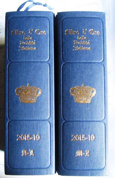 I due volumi del Libro d'Oro 2015-2019 edito dalla Libro d'Oro Srl